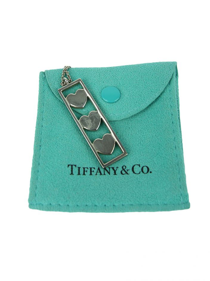 Colar Tiffany & Co. Triple 3 Hearts