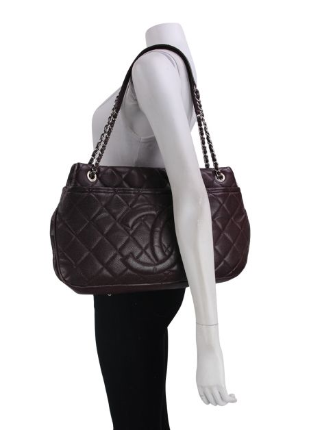 Bolsa Chanel Quilted Timeless CC Shopping Tote