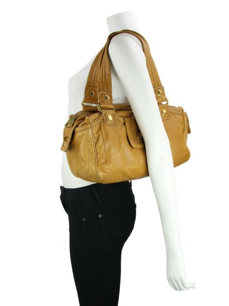 Bolsa Marc by Marc Jacobs Totally Turnlock Benny Caramelo
