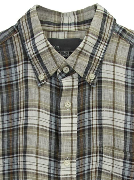 Camisa Vince. Square Hem Plaid Button Up Masculina